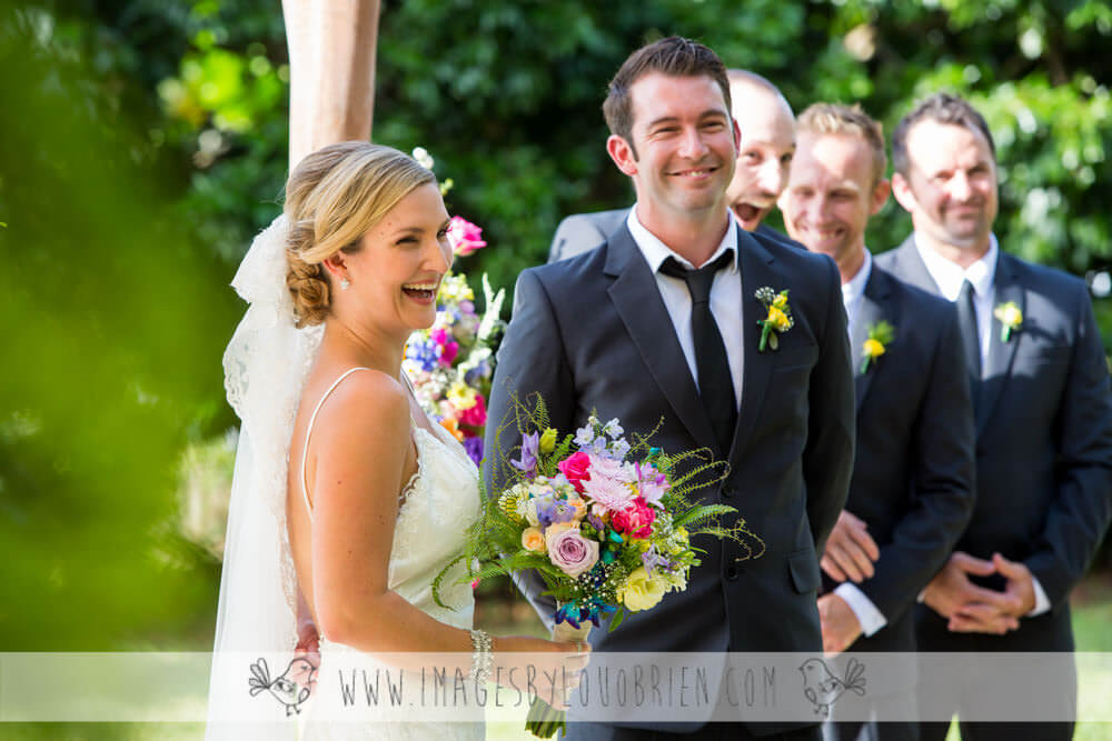 Suzanne-Riley-Marriage-Celebrant-Sunshine-Coast-bright-flowers-and-Lou-Obrien-photographer