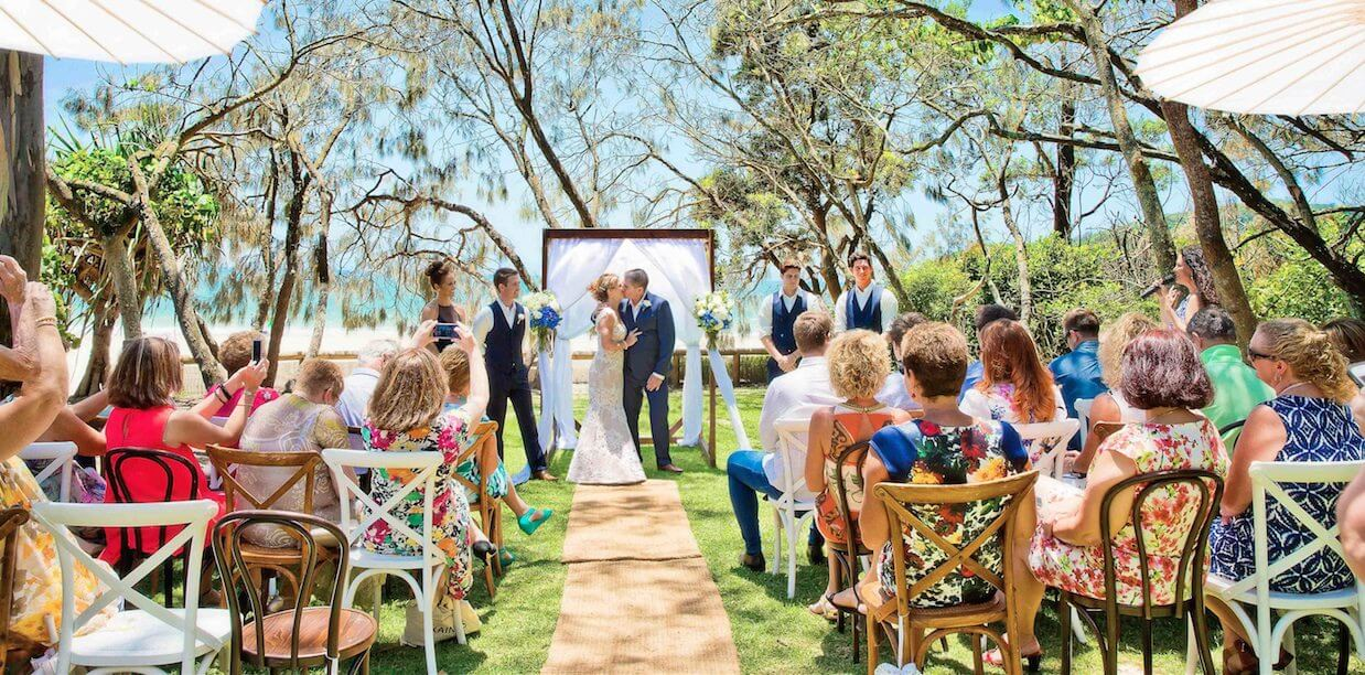 Suzanne-Riley-wedding-at-Hidden-Grove-Noosa-Marriage-Celebrant-Ben-Connolly-photographer