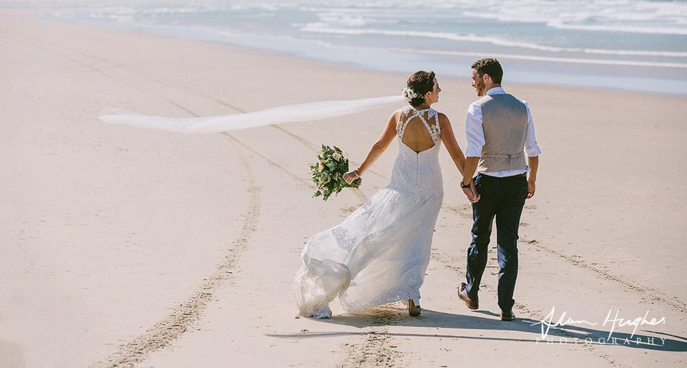 Lo-Res-Alan-Huges-Irish-couple-Suzanne-riley-marriage-celebrant-noosa-beach4